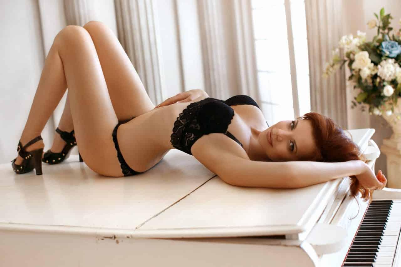 dreamgirls-top-model-greece-nina (1)
